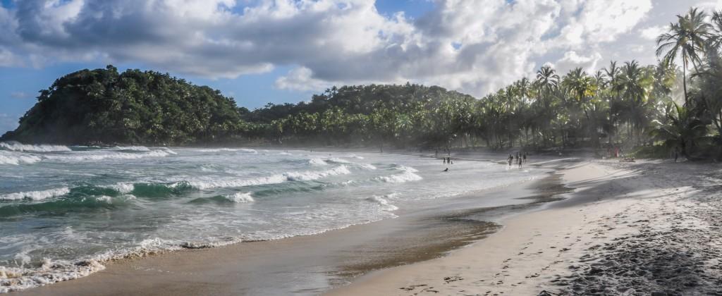 One of the choppier beaches of Morro de Sao Paulo.