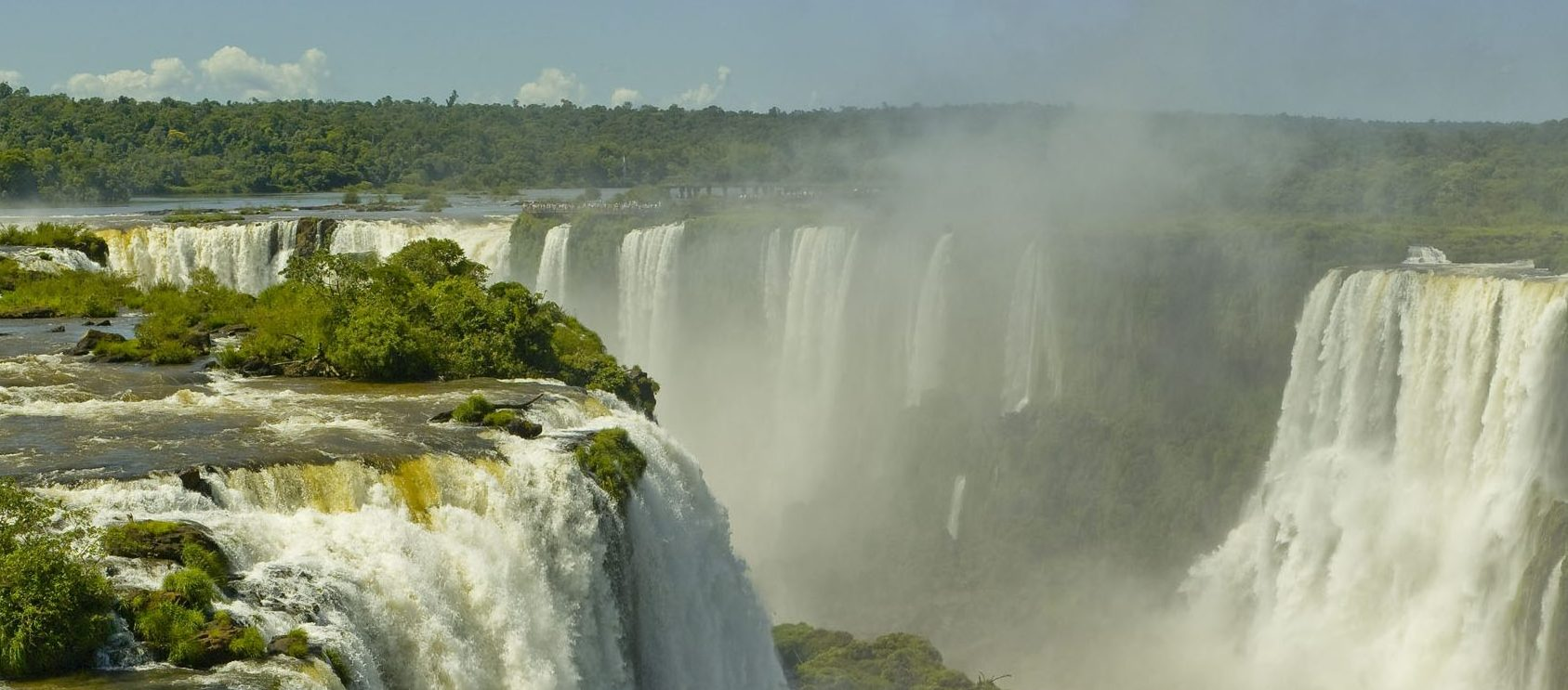 Iguaçu falls from above.