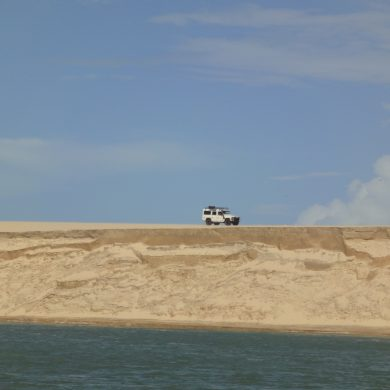 4x4 driving across the sand dunes in Mundau in the Northeast.