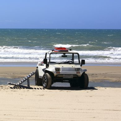 Buggy stopped on the beach in Nordeste.