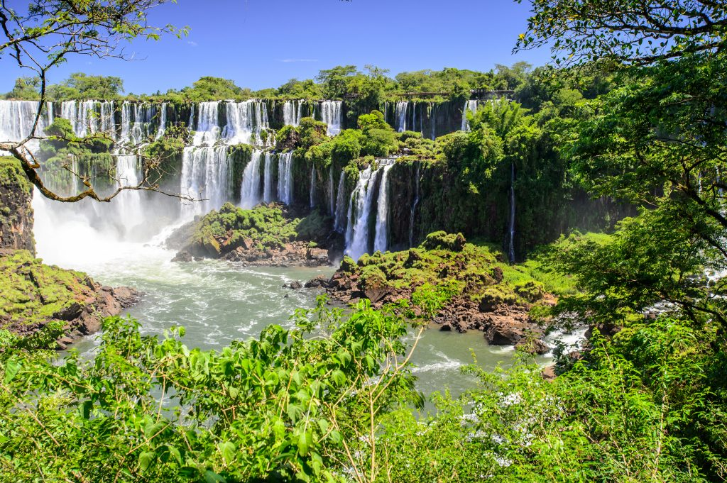 Iguazu falls on several levels