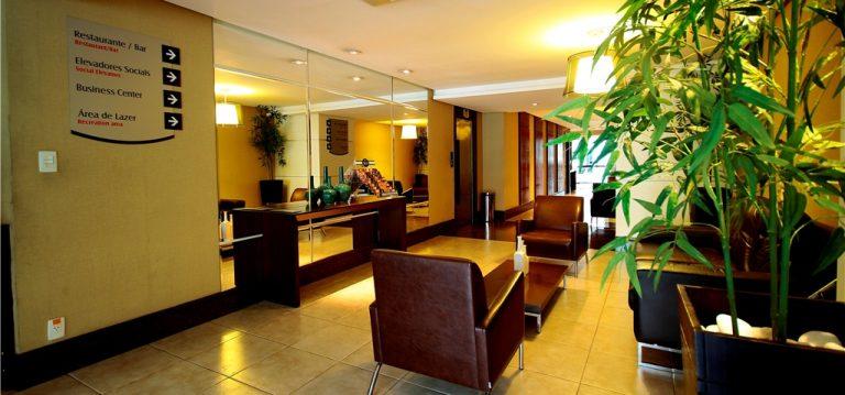 Modern reception in the hotel Saint Paul.