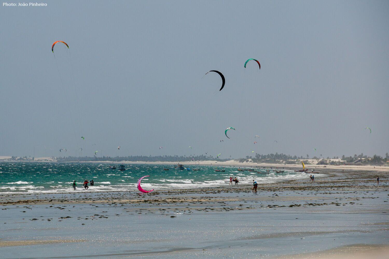 Low - tide kitesurf in Prea.