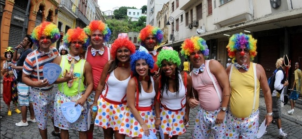 Brazilians enjoy carnival dressed as clowns